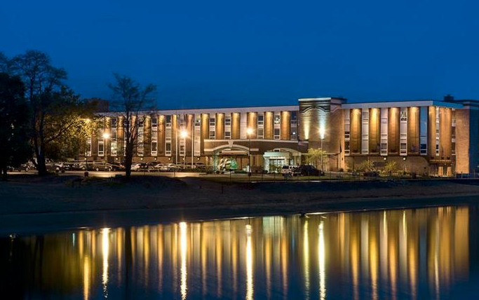 Holiday Inn Resort West Bay Beach Traverse City Mi